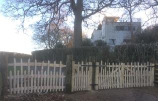 three chesnut deer park gates
